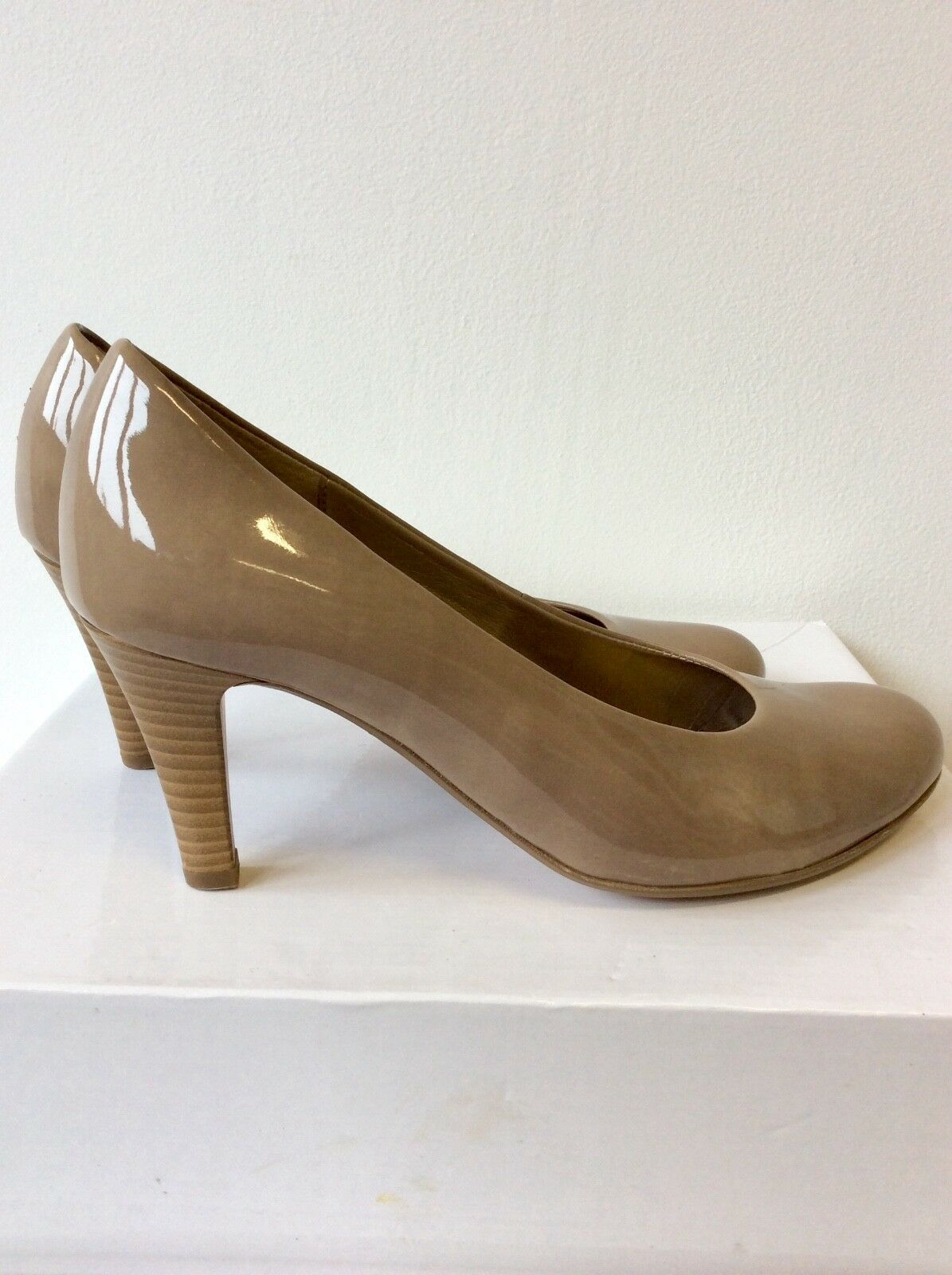 GABOR TAUPE PATENT HEELED COURT 5/38 Schuhe SIZE 5/38 COURT ec19a9
