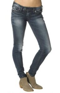 NWT-Silver-Tuesday-Low-Rise-Super-Skinny-Slim-Fit-Straight-Jeans-Size-00-14