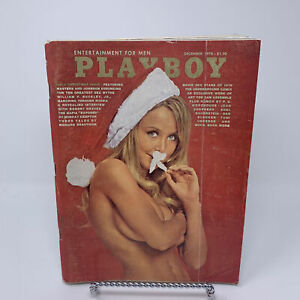 Playboy-Magazine-December-1970-Gala-Christmas-Robert-Graves