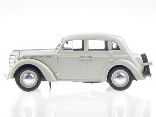 Moskwitch 400 beige Ostalgie Modellauto inVitrine 1:43 Opel Kadett 1