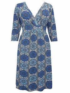 Captive-Curve-BLUE-Kaleidoscope-Print-3-4-Sleeve-Shift-Dress-Sizes-14-32