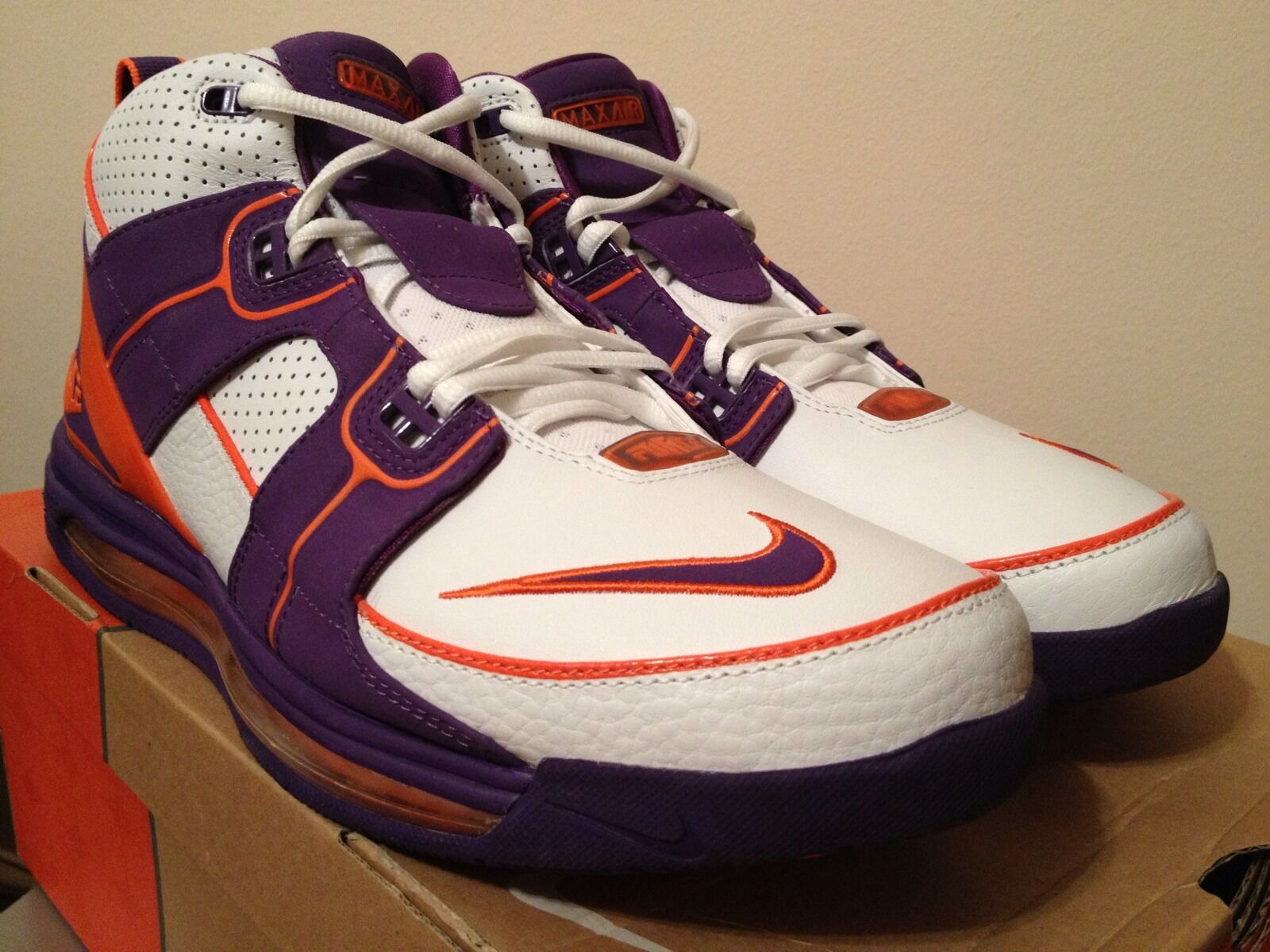 Nike Air total vigor Max WHT / / purpura / WHT org Phoenix Suns SZ 13 DS nuevo Kobe zoom salvaje Casual Shoes 0fce14