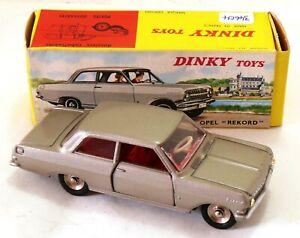 554//546 Dtf311-dinky toys-opel rekord-internal glazing plastic