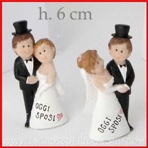 Segnaposto Matrimonio Sposi.Bomboniere Confettate Segnaposto Matrimonio Nozze Statuine Coppia
