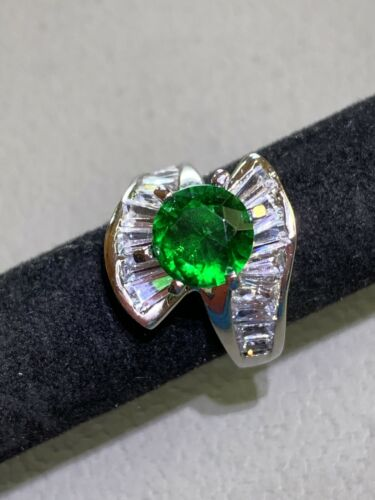 Stunning Raw Chrome Diopside Beautiful Deep Green With Leaf Or Feather Green Raw Stone BOHO Ring Set In Sterling Silver Vintage 1980/'s