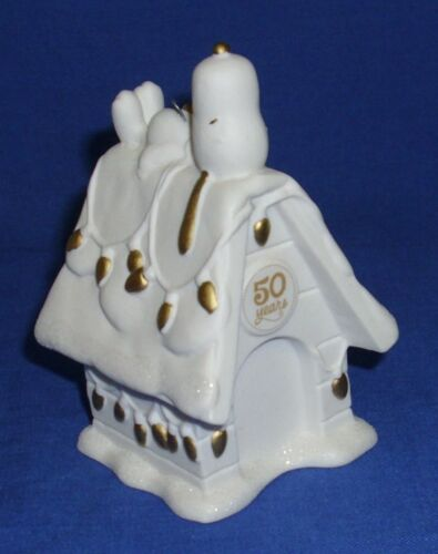 Hallmark Peanuts Gang Ornament 50th Anniversary Doghouse 2015 Snoopy Woodstock