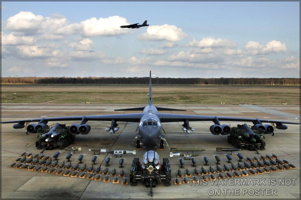 Poster, Many Größes; B-52 Stratofortress With Armament - Copy
