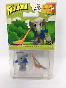 LEGO-FABULAND-ELMER-THE-ELEPHANT-WITH-BROOM-AND-SHOVEL-3706-1982