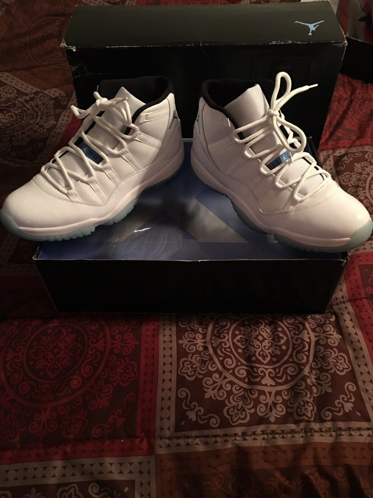 Air Jordan 11 Retro Legends