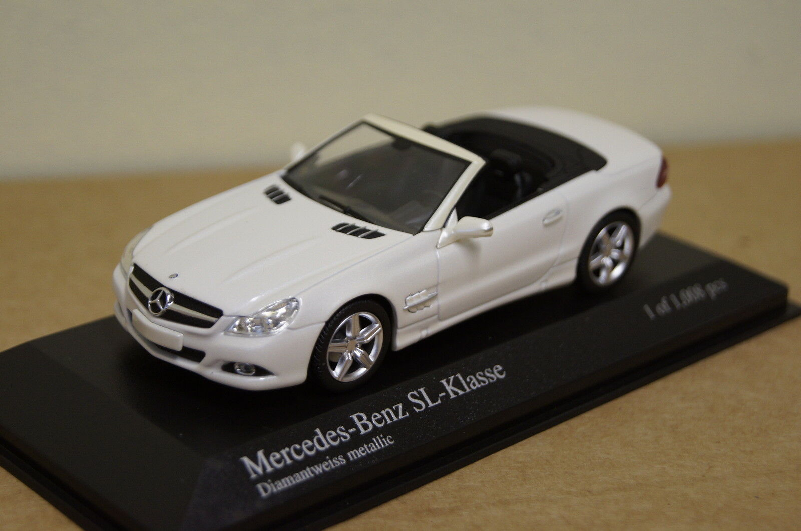 MERCEDES sl-classe 2008 (r230) Blanc met. 1 43 MINICHAMPS NEUF & OVP 430037530