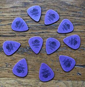 12 X Jim Dunlop 1.14 Tortex Guitar Picks-afficher Le Titre D'origine Un BoîTier En Plastique Est Compartimenté Pour Un Stockage En Toute SéCurité