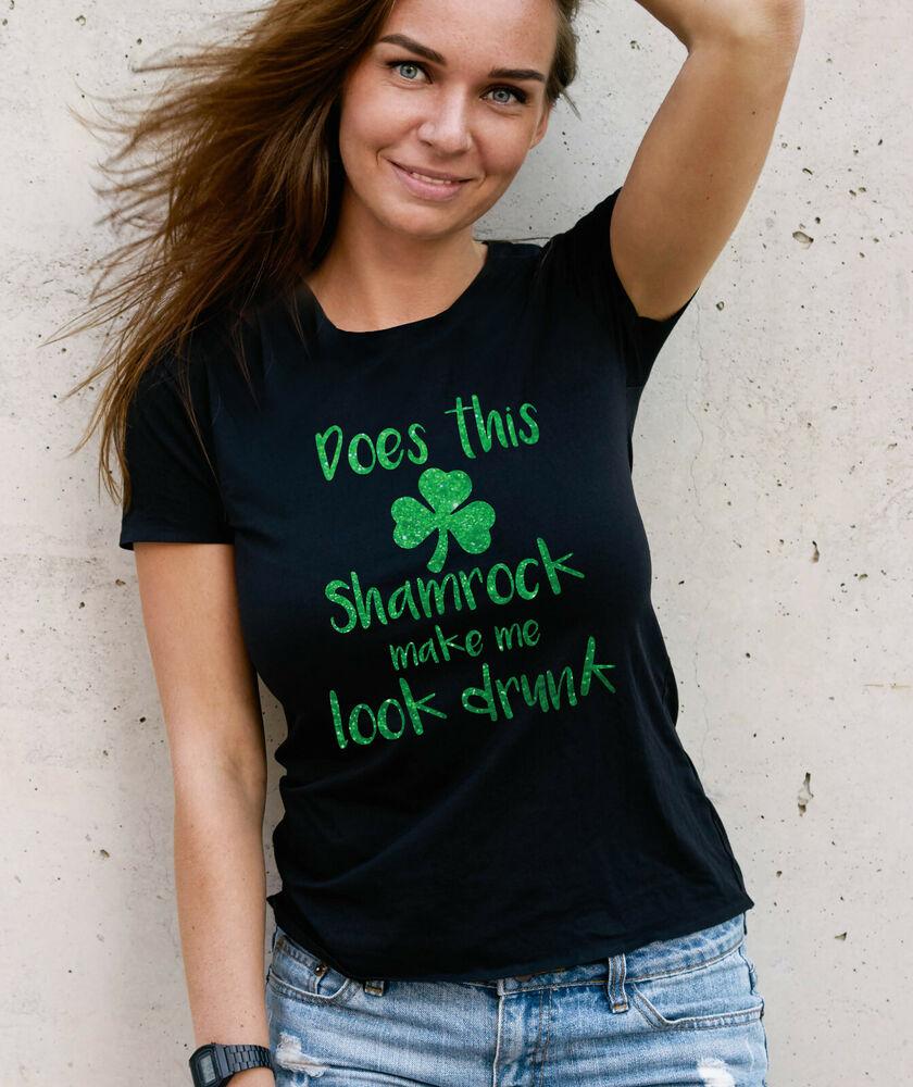 Est-ce Trèfle Me Faire Regarder Ivre Irlandais St Patrick's Day T-shirt Avec Paillettes