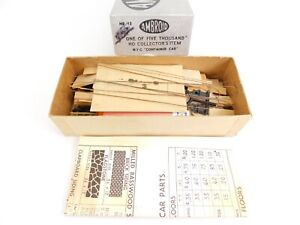 HO-Scale-Ambroid-No-12-NYC-New-York-Central-Container-Car-Unpainted-Kit-w-Glue