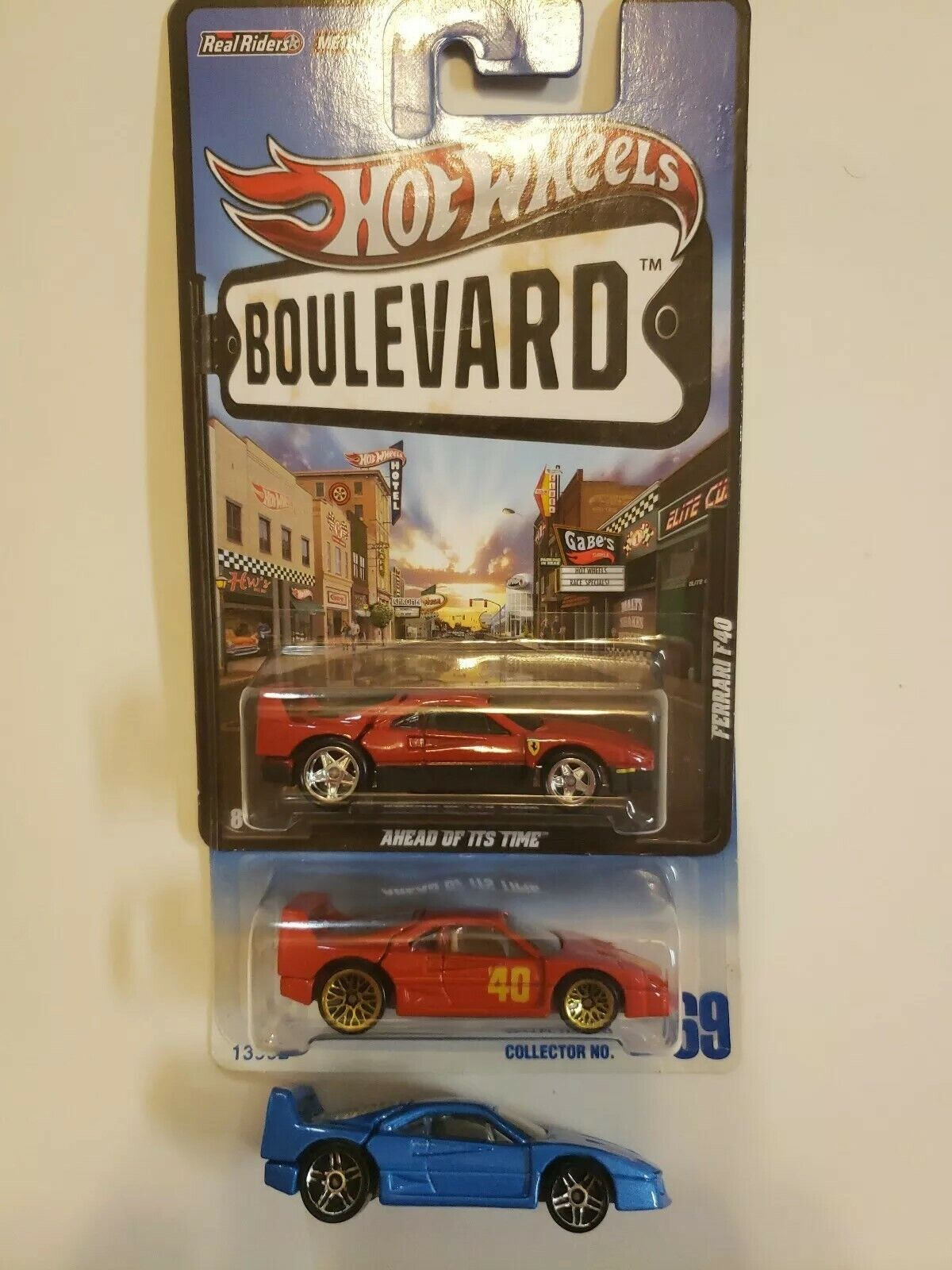 F40 lot HOT WHEELS Boulevard Ferrari F40 w  Real Riders  69 w  gold lace wheels