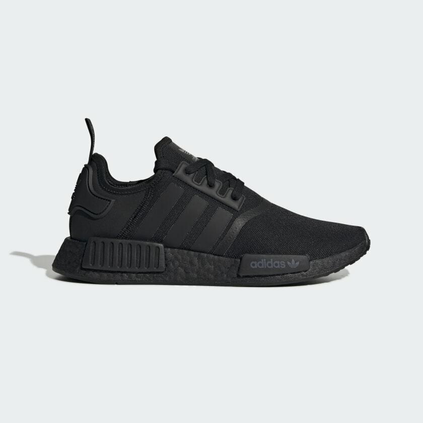 adidas r1 triple black