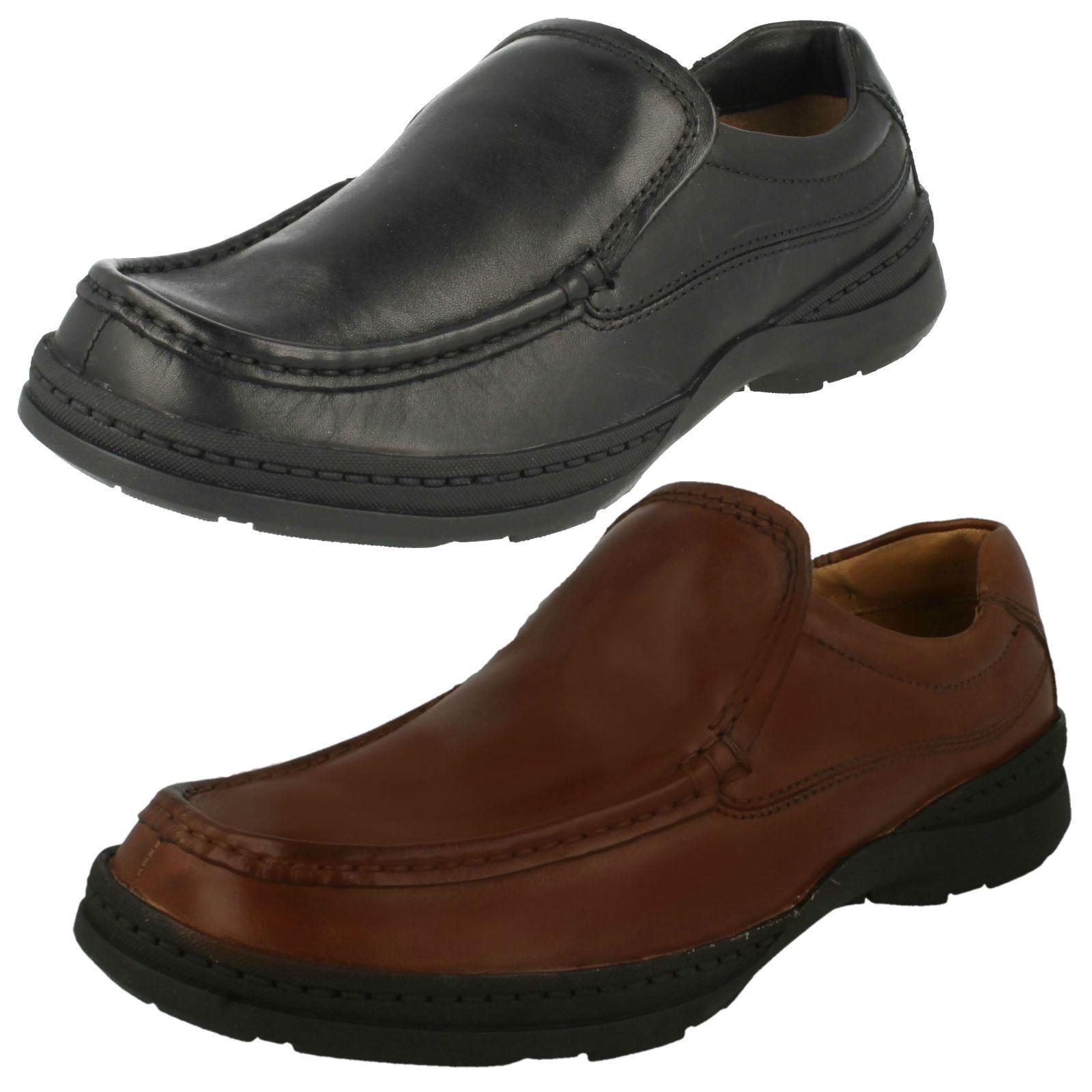 Men Clarks Line Free Slip On shoes