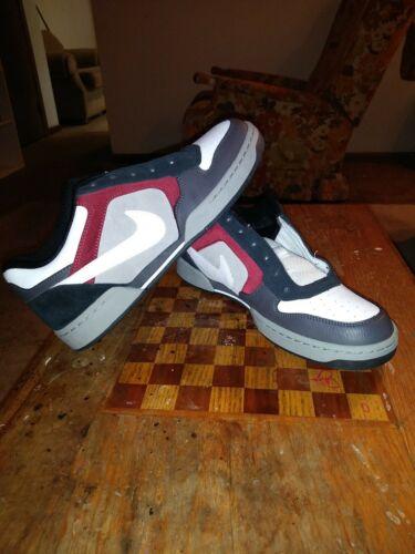 Nike Skeet Shoes Size 9