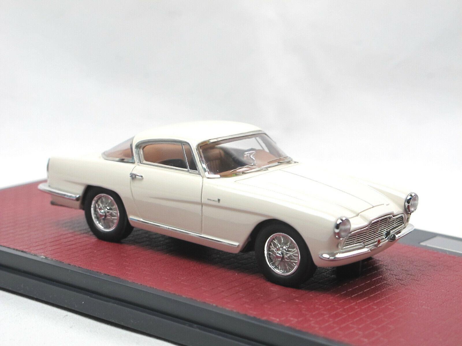 Matrix Scale Models 1953 Aston Marton Marton Marton DB2 4 Coupe Bertone-Arnolt white 1 43 53ffcd