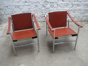 2x-ORIGINAL-CASSINA-LE-CORBUSIER-PERRIAND-JEANNERET-CHAISE-CHAIR-LC1-STUHL-1980s