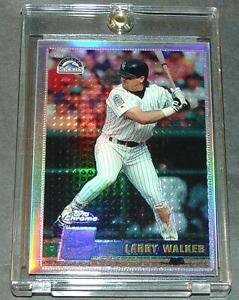 1996-LARRY-WALKER-TOPPS-CHROME-REFRACTOR-147-ROCKIES-SHARP