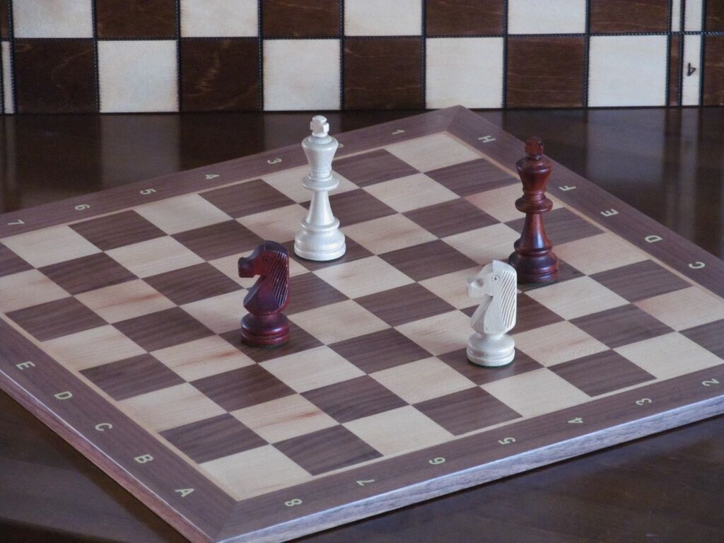 Hand Crafted Professional  Walnut Sycamore Wooden Chess Board 48cm x 48cm