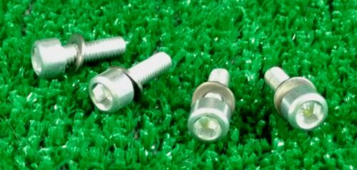 LOT OF 4 ALLOY WATER BOTTLE CAGE BOLTS ULTRA LIGHT 2 GRAMS EACH               I0