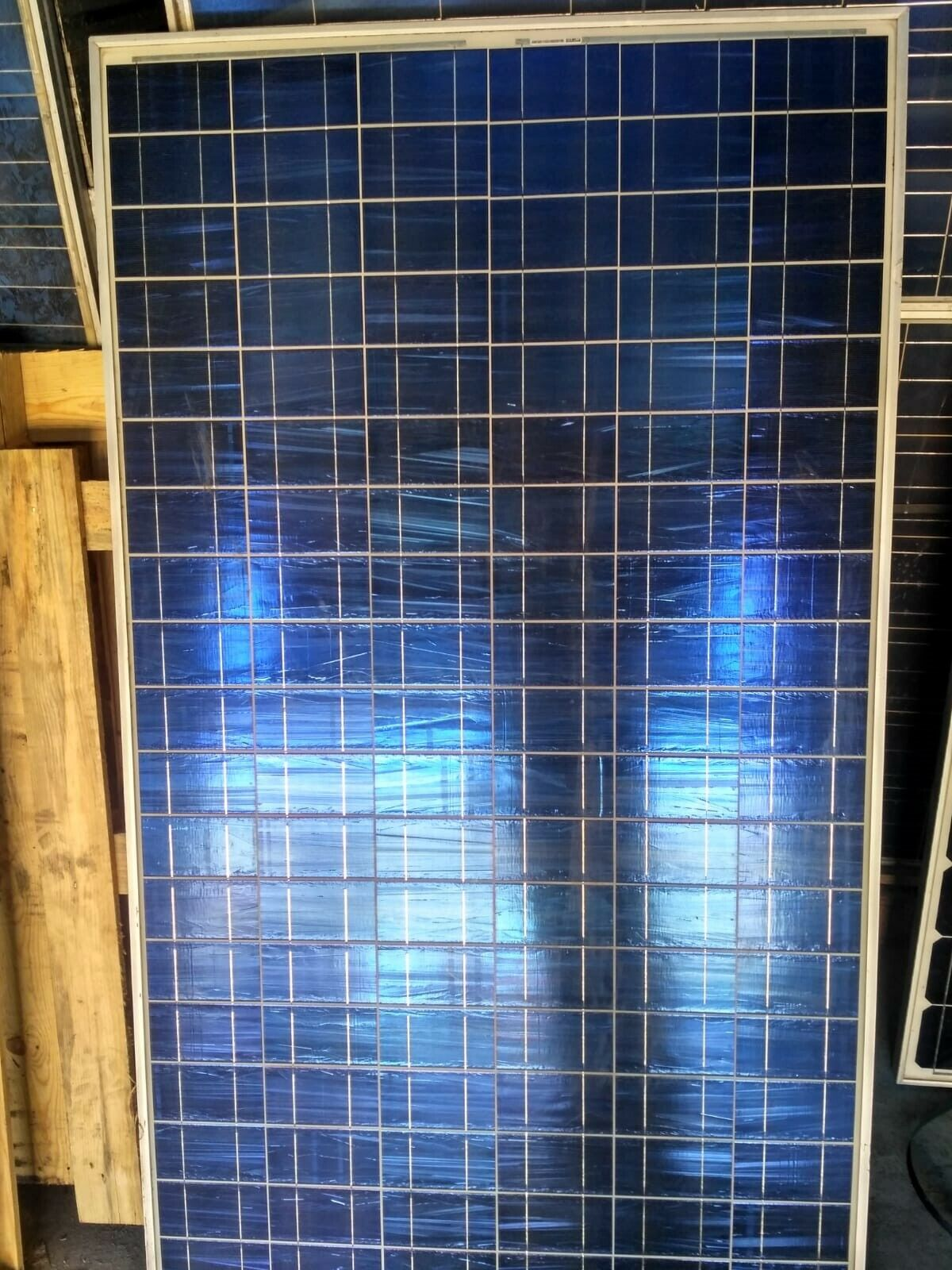 Kit Placa solar panel 240 Wp 12V ALEMANIA + REGULADOR DIGITAL 30 AMPERIOS