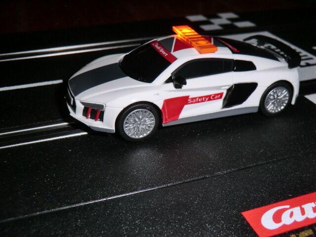 Ghostcar Digital Digital Digital 143 + 132 Dec Safetycar Pace car Audi R8 V10 + Blinklicht - NEU 411186