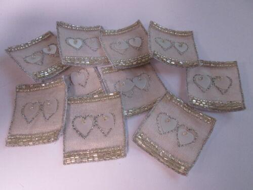 10 X Amor Corazón Oro tarjeta haciendo Artes Manualidades Bordado motivos Insignias # 24a62