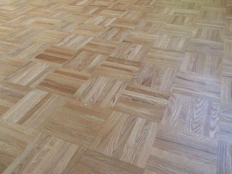 Massivt eg og ask mosaik gulv