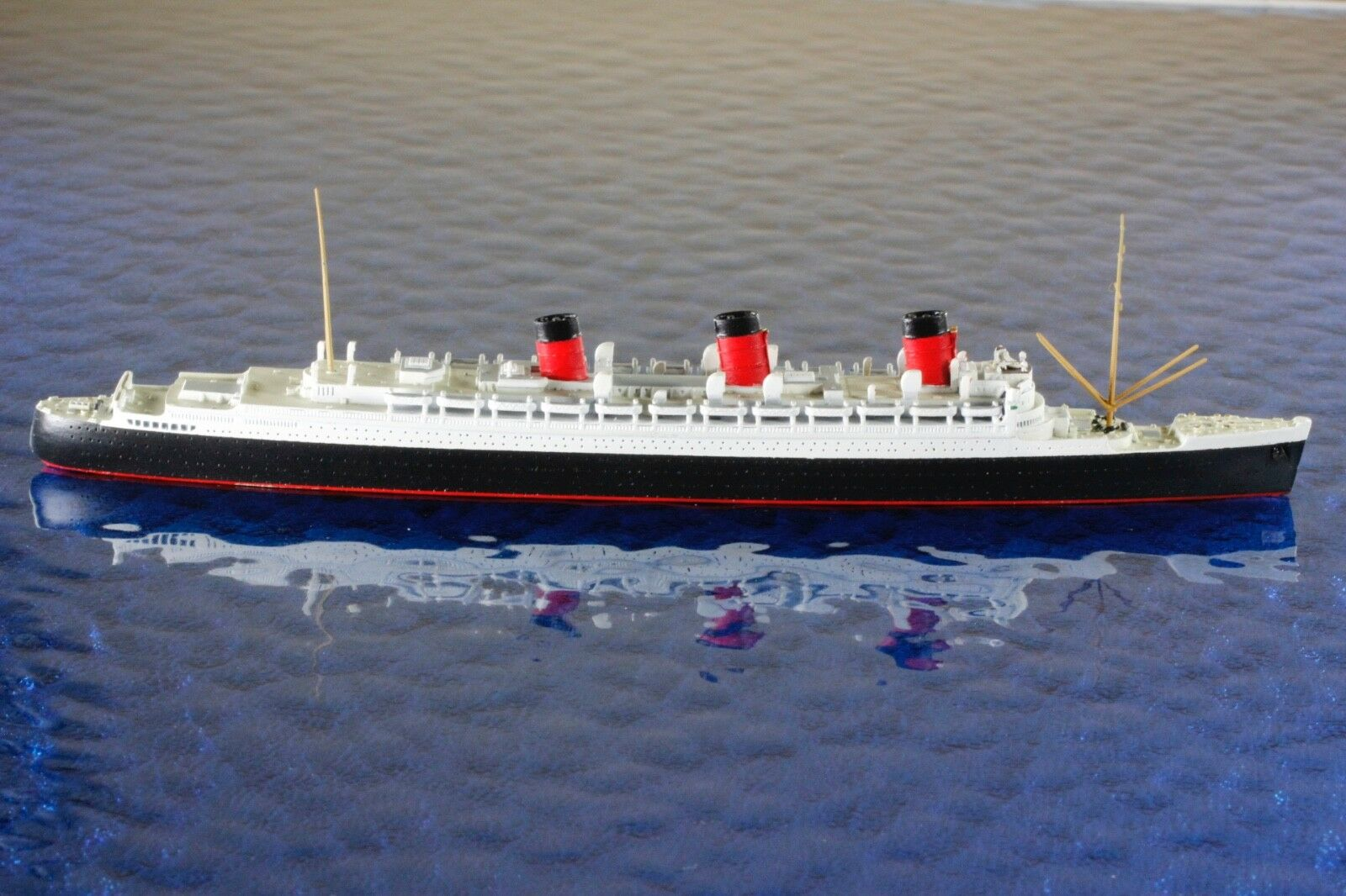 Queen Mary fabricante Mercator 494, 1 1250 barco modelo