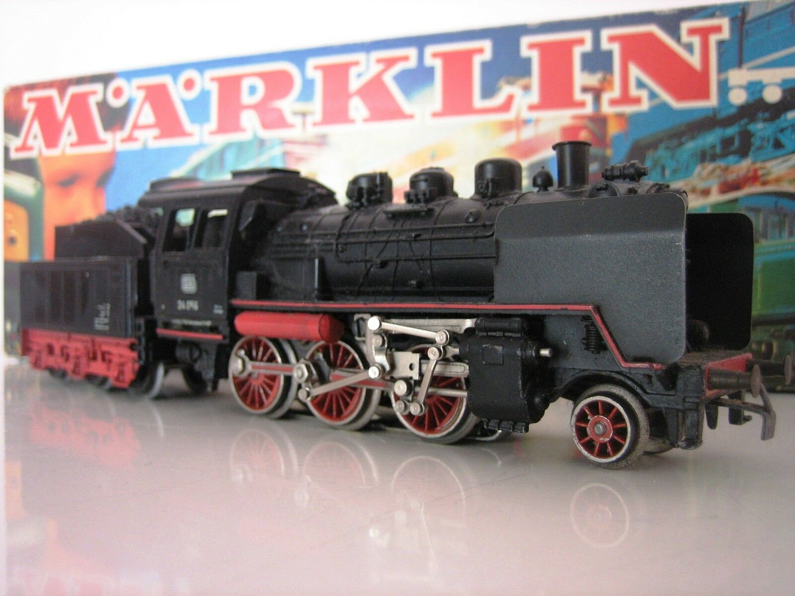 MÄRKLIN H0 Steam Locomotive 3003 BR 24 Original Box