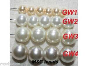 100 WHITE//IVORY GLASS PEARL  BEADS 4MM