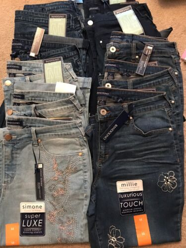 Two colors Bandolino Women Embroidered Millie Curvy Capri Jeans NWT