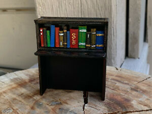 The addams Family pinball TAF Bookcase