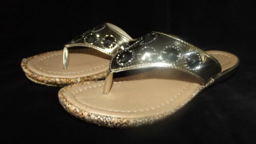 NUOVO Donna Ex Store Comfort Imbottito BLACK GOLD Jeweled Toe Post Sandali SZ 3-8