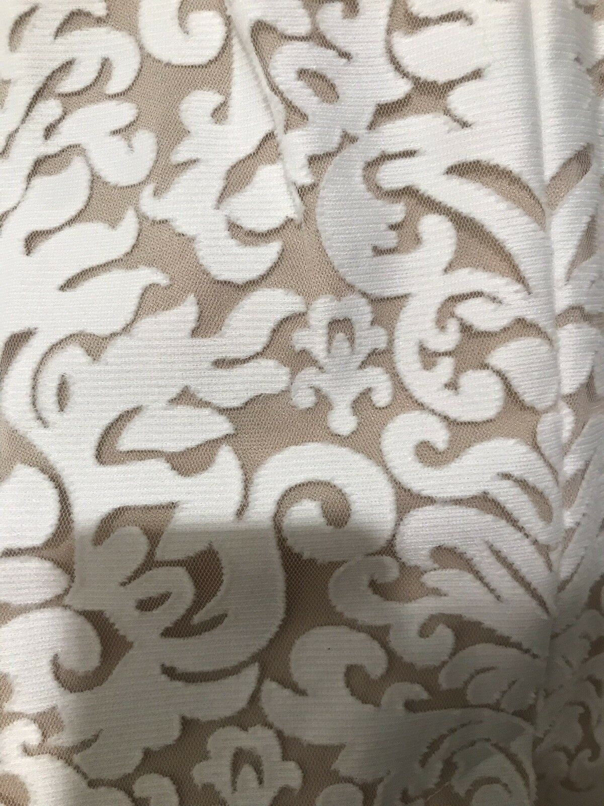 Xscape Kalte Schulter Spitzenkleid Spitzenkleid Spitzenkleid Glockenärmel Petite Weiß Hautfarben 2P Neu 4793ef