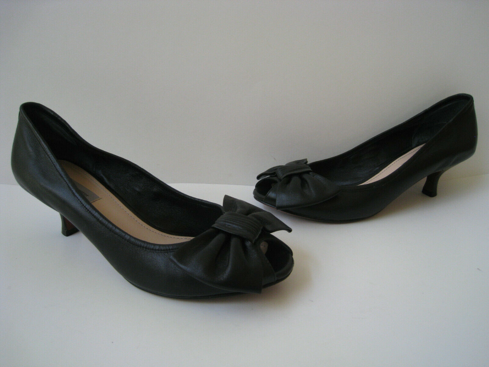 CLASSIQUES ENTRIER BLACK LEATHER BOW PEP TOE WOMEN SIZE US 9.5B HOT