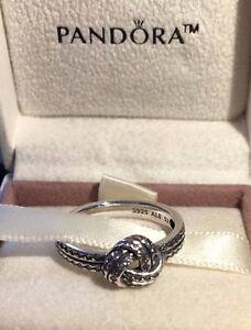 anillo nudo de amor pandora