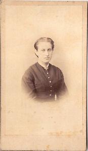CDV-photo-Damenportrait-1860er