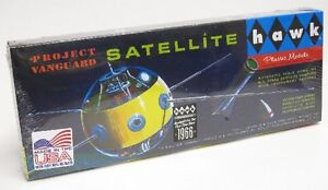 2014-Hawk-1-5-Vanguard-Satellite-Model-Kit-new-First-release-in-over-50-years