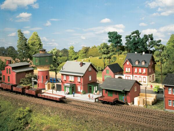 AUHAGEN 15304 traccia TT, set stazione ferroviaria neschwitz  neu in OVP