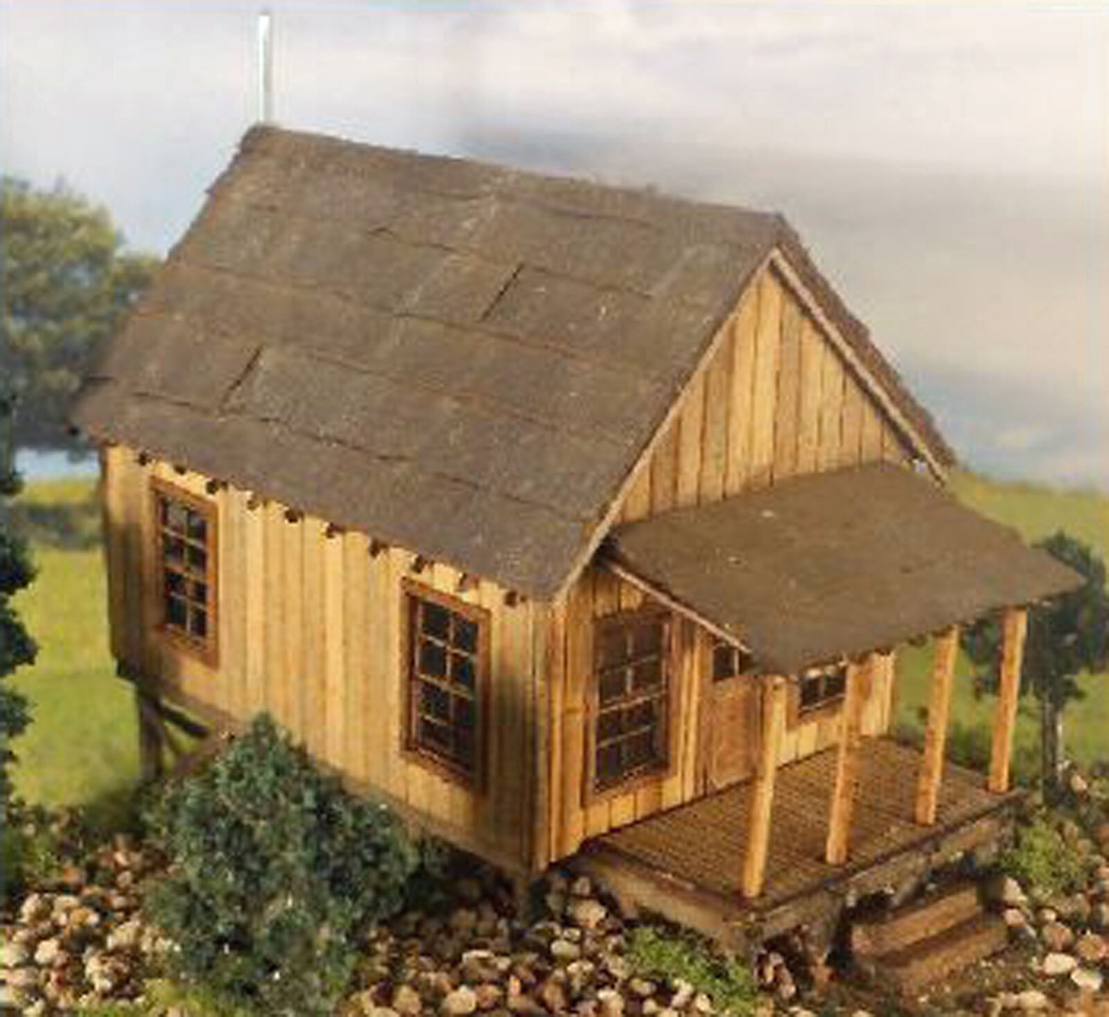 CARL'S CABIN O On30 Model Railroad Structure Unpainted Wood Laser Kit RSL1048