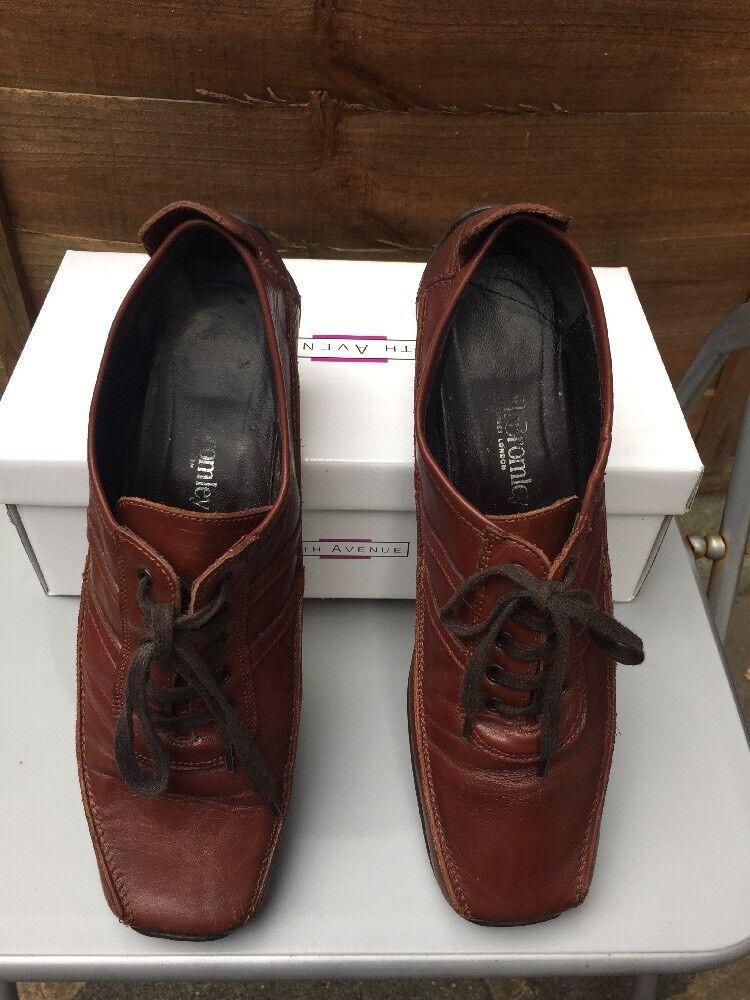 Russell & Bromley taglia EU 39 FLAT STRINGATI IN IN IN PELLE MARRONE Mocassino sandalo b5e70a