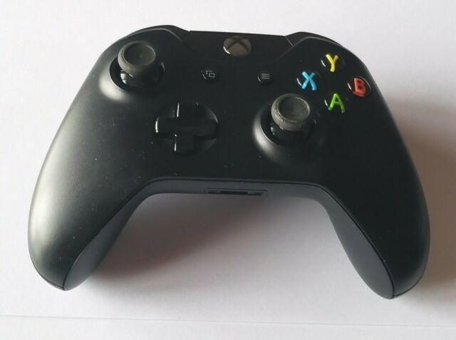 Black Microsoft Xbox One Wireless Controller in Bulk Packaging - REFURBISHED