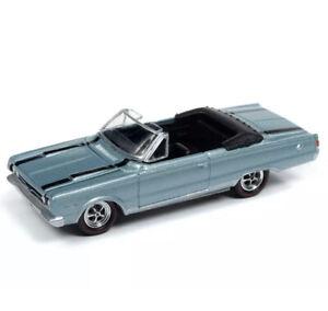 Johnny Lightning Muscle Cars 1/64 1967 Plymouth GTX Light Blue Die-Cast JLMC020