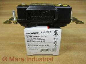 Arrow Hart AH5262B Duplex Receptacle NEMA 5-15R