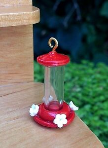 Miniature-Dollhouse-FAIRY-GARDEN-Accessories-Tiny-Red-Hummingbird-Feeder-NEW