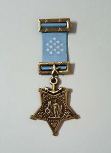 US-Navy-Civil-War-1913-1942-Navy-Order-of-Medal-Honor-WW2-Replica-Award