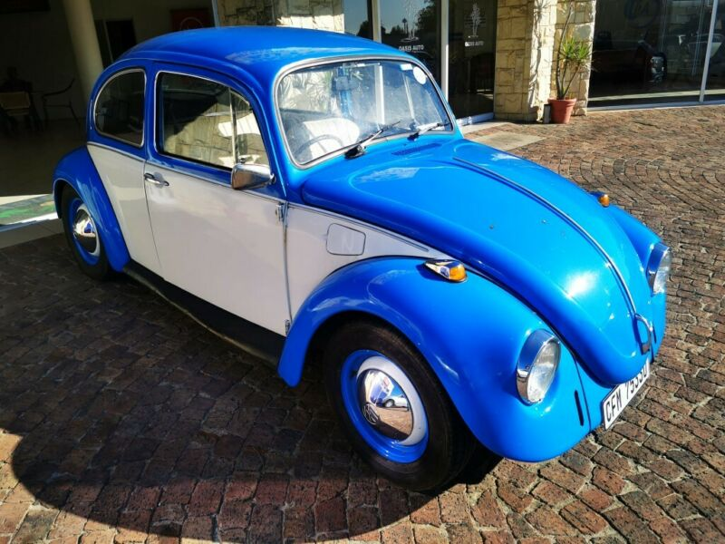 Blue Volkswagen Beetle 1.4 TSI Dune DSG with 23552km available now!